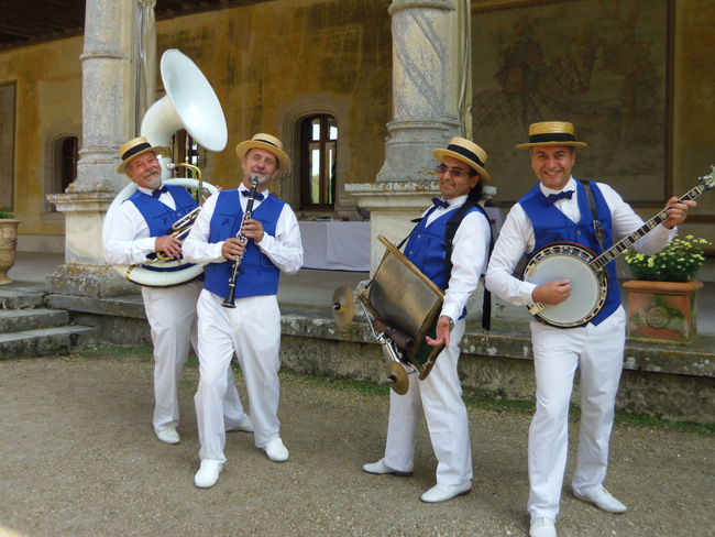 Groupe de jazz DIXIELAND PARADE animation jazz