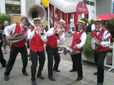 Orchestre jazz dixieland parade groupe new orleans for Danse de salon orleans